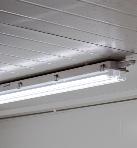 Retrofit 6T8 LED Tubes - 6ft length. Replaces fluorescent 6ft tube ...